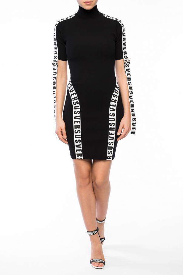 Logo dress od Versace Versus